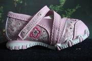 Продам детские туфли,  фирмы Skechers,  цвет розовый,  раз.18.5