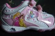 Продам новую,  детскую обувь кроссовки,  размер 21.5,  цвет бело-розовый,  с огонками фирма Дисней Принцесс