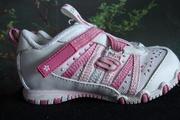 Продам детскую обувь кроссовки, размер 21.5,  цвет бело-розовый,  фирма Skechers